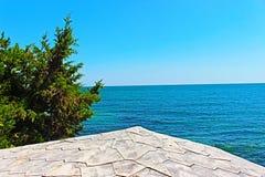 Взгляд от лета 2018 в море Nessebar в городке Nessebar, Чёрного моря в Болгарии Augu стоковое фото rf