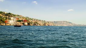 Взгляд от моря холма Posillipo, Неаполь и открытых морей Стоковые Фотографии RF
