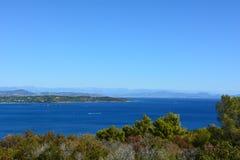 Взгляд от моря стоковое фото
