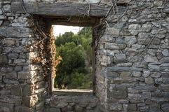 Взгляд от окна замка Стоковые Фото