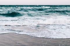 Взгляд от пляжа на море Стоковое фото RF