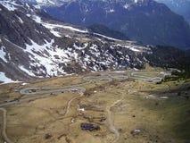 Взгляд от пропуска Pordoi, Италии, выглядя западный стоковое изображение rf