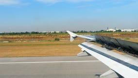 Взгляд от ariiving самолета акции видеоматериалы