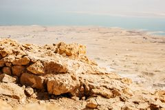 Взгляд от Masada на пустыне на солнечный день стоковое изображение