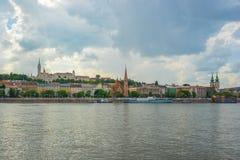 Взгляд панорамы банка Buda Дуная в городе Будапешта, Венгрии Стоковое Изображение RF