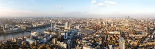 Взгляд панорамы города Лондона воздушный Стоковое Фото