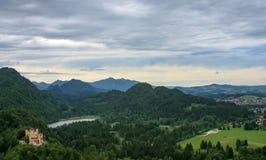 Взгляд панорамы замка в Баварии стоковые изображения