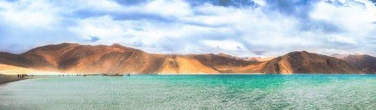 Взгляд панорамы озера Pangong, Ladakh, Индии Стоковое фото RF