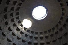 Взгляд пантеона Oculus стоковая фотография rf