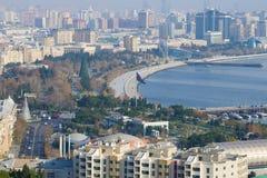 Взгляд парка взморья на день в декабре Баку, Азербайджан Стоковая Фотография RF