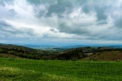 Взгляд плодородной долины стоковое фото