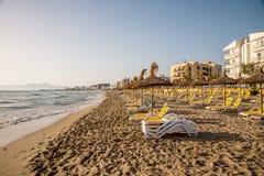 Взгляд пляжа Playa de Muro внутри может Picafort в лете, Майорка Стоковые Изображения