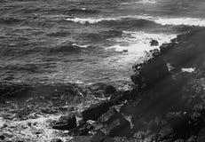 Взгляд побережья океана, идеальное перемещение и назначение праздника стоковое фото rf