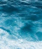 Взгляд побережья океана, идеальное перемещение и назначение праздника стоковое изображение rf
