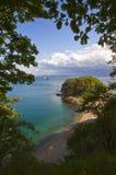 Взгляд побережья осени на яркий день Стоковые Изображения