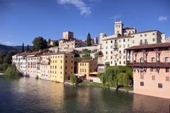 взгляд реки города итальянский старый панорамный стоковая фотография rf