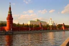 взгляд реки kremlin moscow Стоковые Изображения
