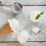 Взгляд сверху конуса вафли мороженого молока Стоковые Фото