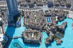 Взгляд сверху на Дубай городском от самого высокорослого здания в Стоковая Фотография RF
