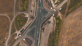Взгляд сверху на шоссе видеоматериал