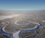взгляд сверху реки пущи дня морозный Стоковые Фотографии RF