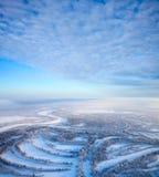 взгляд сверху реки пущи дня морозный Стоковая Фотография RF