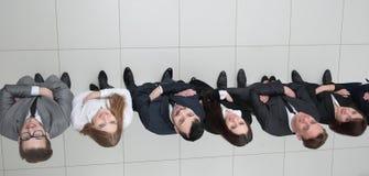 взгляд сверху смотреть дела объениняется в команду вверх Стоковые Фото