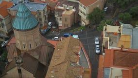 Взгляд сверху церков Ejmiatsin, армянской апостольской церков в старом Тбилиси, Georgia акции видеоматериалы