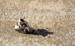 взгляд сверху riding мопеда Стоковые Фотографии RF