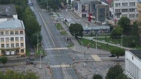 Взгляд сверху Timelapse пересечений дороги города акции видеоматериалы
