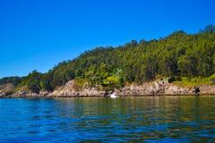 Взгляд скал островов Cies, естественный рай в Галиции, s стоковое изображение rf