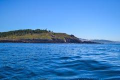 Взгляд скал островов Cies, естественный рай в Галиции, s стоковое фото rf