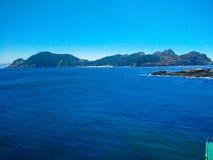 Взгляд скал островов Cies, естественный рай в Галиции, s стоковое изображение