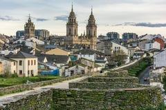 Взгляд собора и стены Луго объявил всемирное наследие ЮНЕСКО Галицией, Испанией стоковые изображения rf