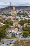 Взгляд собора святой троицы Тбилиси, Georgia стоковая фотография