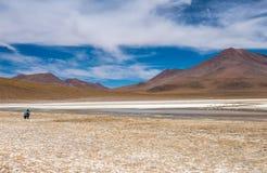 Взгляд солнечности боливийской mountanious лагуны стоковое изображение