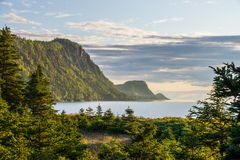 Взгляд солнечности от национального парка Канады Bic, Квебека, Gaspesie стоковые фотографии rf