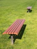 Взгляд со стороны стула Брайна длинного на лужайке Стоковые Фото