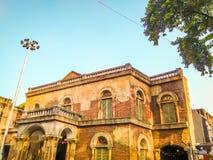 Взгляд старого колониального дома в Калькутта, Kolkata, Индии стоковое фото rf