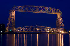 взгляд сумрака моста стоковые фотографии rf