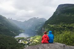 Взгляд туристской деревни Geiranger, Норвегии Стоковые Изображения RF