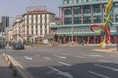 Взгляд улицы центра города Милана Стоковые Изображения RF
