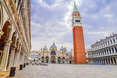 Взгляд утра квадрата Сан Marco в Венеции Италия стоковые изображения