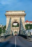 Взгляд цепного моста Szechenyi вертикальный стоковое фото