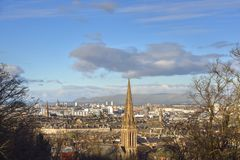 Взгляд через шотландский город центральной Шотландии стоковые изображения