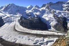 Взгляд швейцарских горных вершин панорамный к Dufourspitze Стоковое фото RF