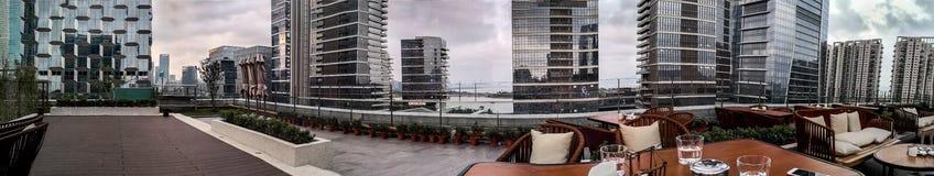 Взгляд Шэньчжэня от крыши дома стоковые фотографии rf