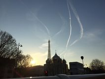 Взгляд Эйфелевой башни в декабре стоковая фотография rf