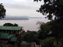 Взгляд Brahmaputra от Ашрама стоковое фото rf