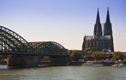 взгляд dom cologne моста Стоковое Изображение RF
